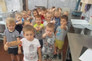 Познавательная экскурсия на кухню детского сада